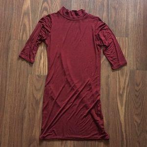 Boohoo burgundy short sleeve dress Sz 8
